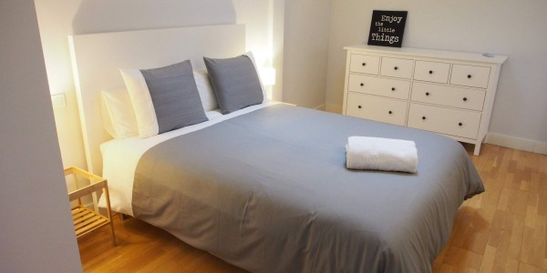Nord Holiday Apartment, Girona, Bedroom