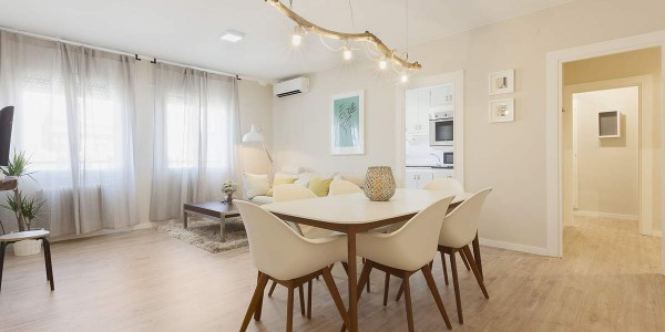 Jaume Apartment, Girona, Dining