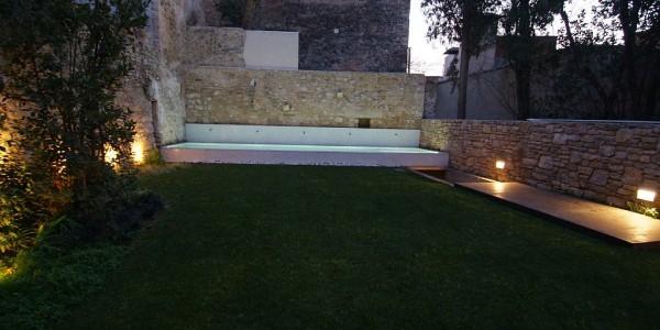 Travessia Portal Nou, Girona, Garden 23